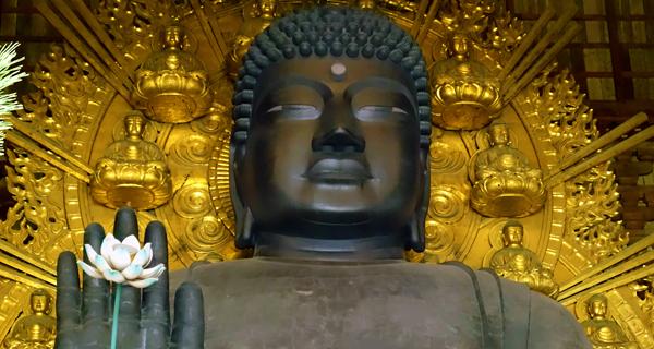 有職文様をはじめとする様々な種類の文化は仏教ととも伝来したが、鎮護国家を志向する事により、ますます大陸文化の流入が加速した。