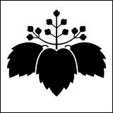 桐紋の一種。三井桐。