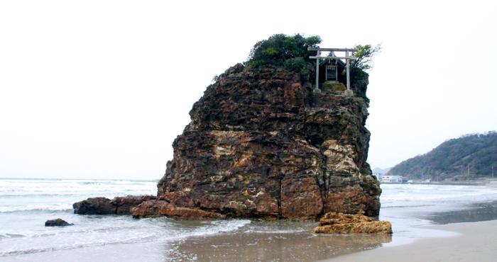 大国主神の伝説・国引きの舞台である稲佐の浜